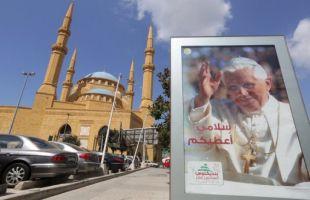 Paus di Lebanon 2012