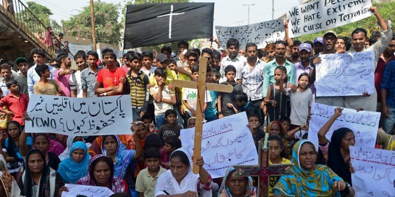 1610378Umat-Kristen-Pakistan-Unjuk-Rasa780x390