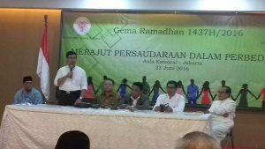 Kepala Badan Puskesbangpol DKI DR. Kardiono juga memberikan masukan dalam diskusi panel buka puasa bersama