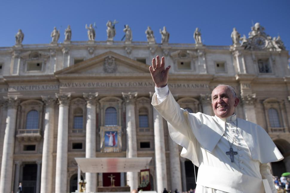 Paus: Suksesi Apostolik dari St. Petrus, Pemimpin 12 Rasul Tuhan Yesus
